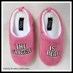 938c02699c6190 Sam Edelman Shoes - ❗️6-HOUR SALE❗️SAM EDELMAN COZY SNUGGLE SLIP ONS